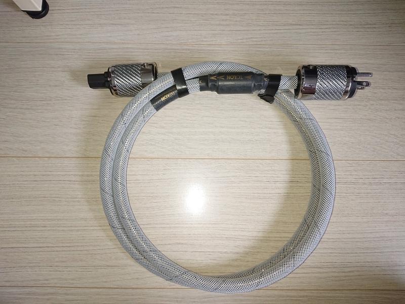 ティグロンのオーディオ電源ケーブルTPL-2000A