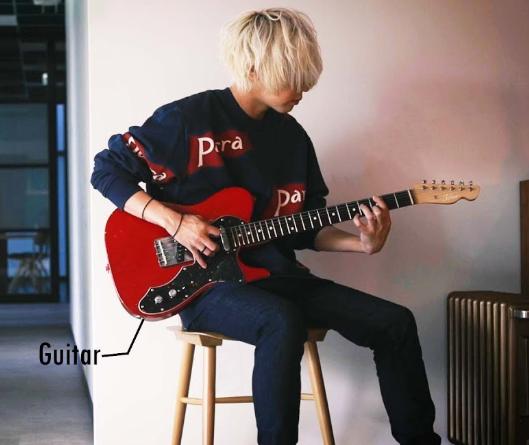 秋山黄色 ギター