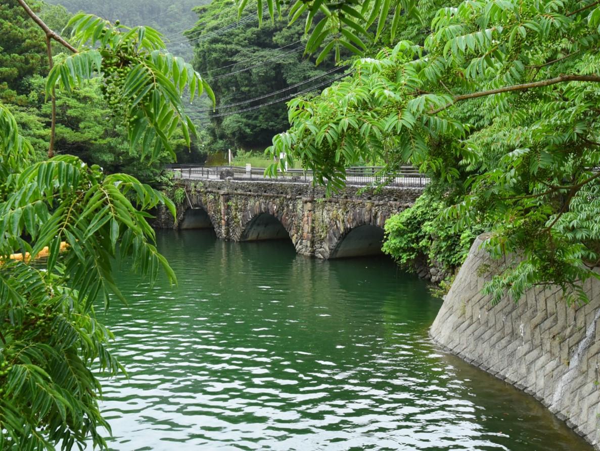 中河内橋 河内貯水池の南西部に位置する