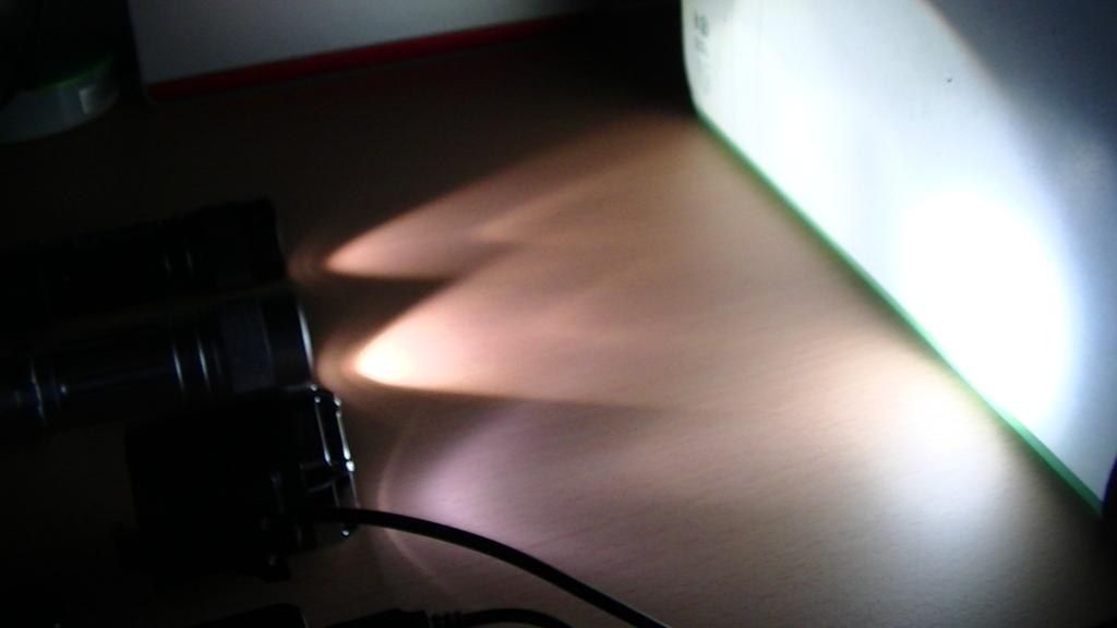 USB0自転車ヘッドライトが圧倒的に明るい