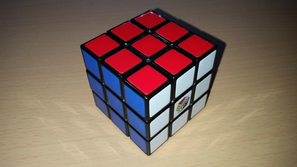 メガハウス 3×3×3 正面