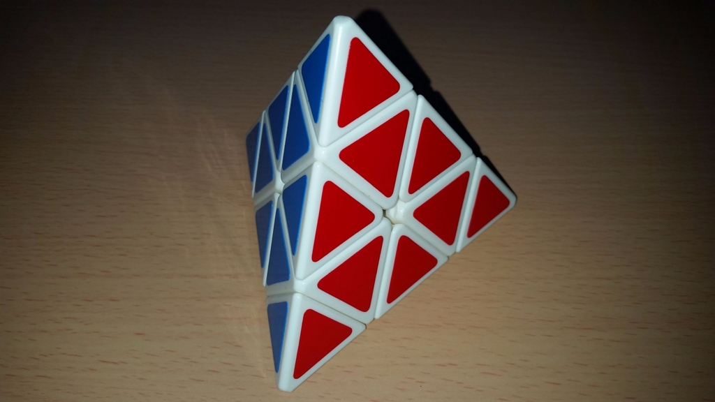 MoYu Pyraminx 背面