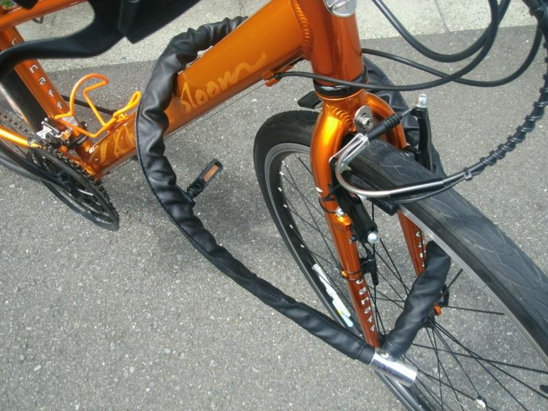J&C「カラージョイントワイヤー錠」 自転車に付けてみた