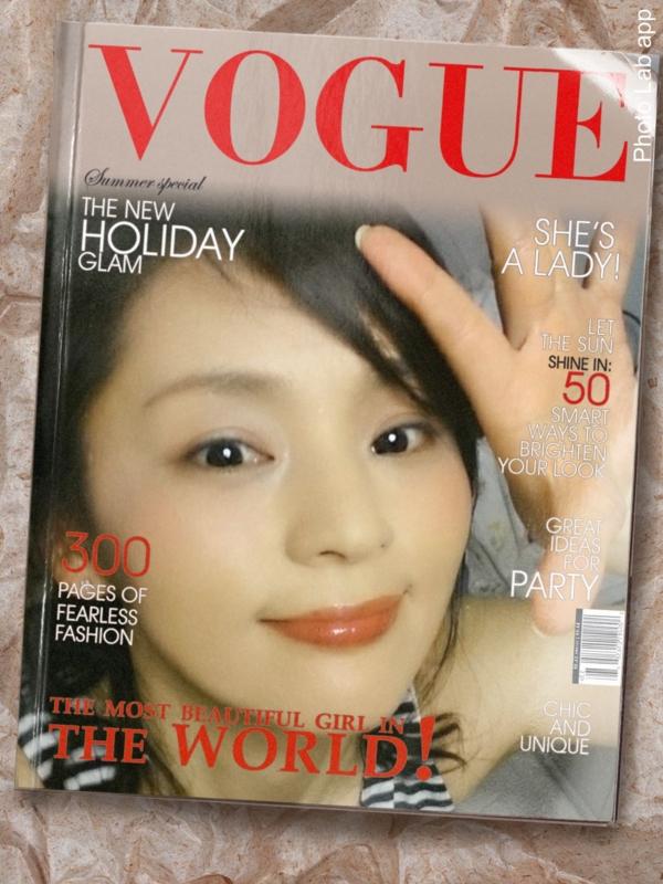 雑誌の表紙になるアプリ