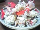 タラバガニを食べやすく…。