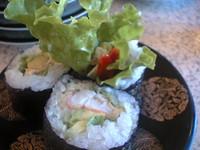 サラダ風のお寿司。