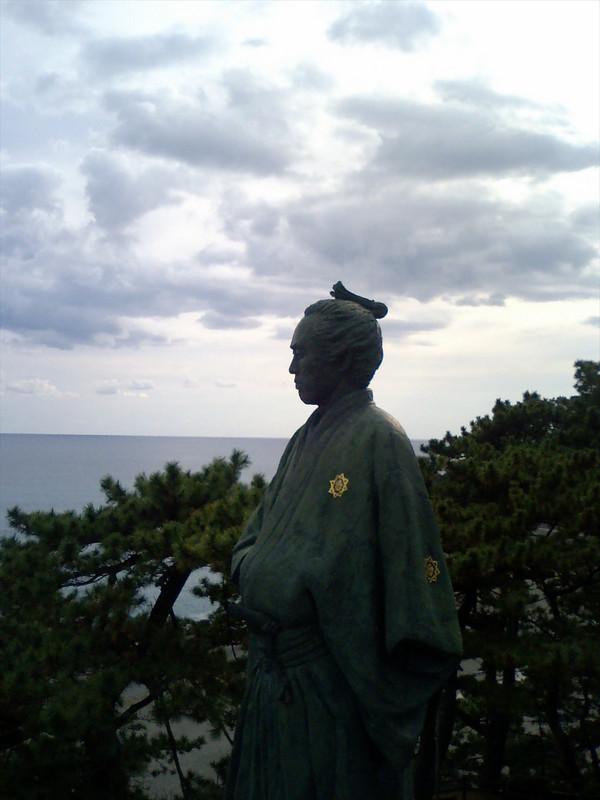 高知・桂浜の坂本龍馬像@父提供