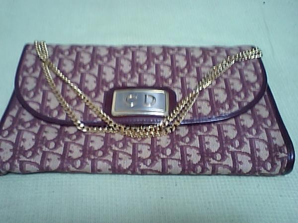 亡き祖母から貰った、1960年代(!?)のChristian Diorのバッグ