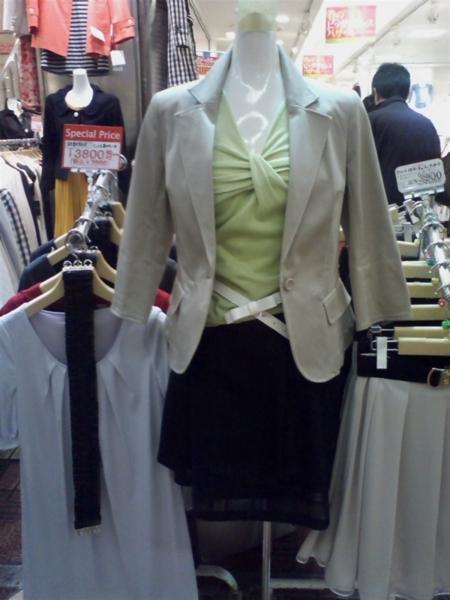 今年の春の新作ファッション アストリアで買うとやっすい
