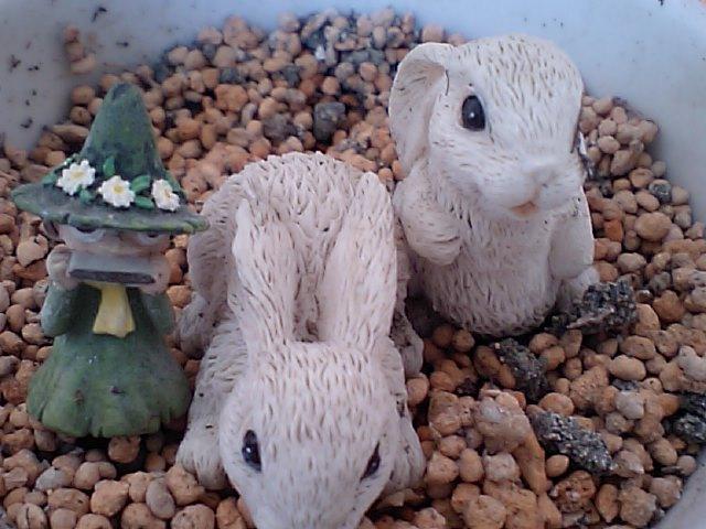 スナフキンとウサギ