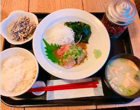 梅山鉄平食堂のゴマカンパチ定食