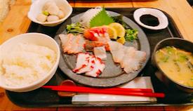 梅山鉄平食堂の海鮮刺身盛り定食