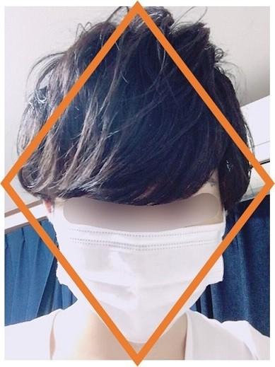 シルエットがひし形になった髪型