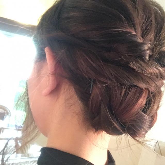 編み込みの後ろ髪