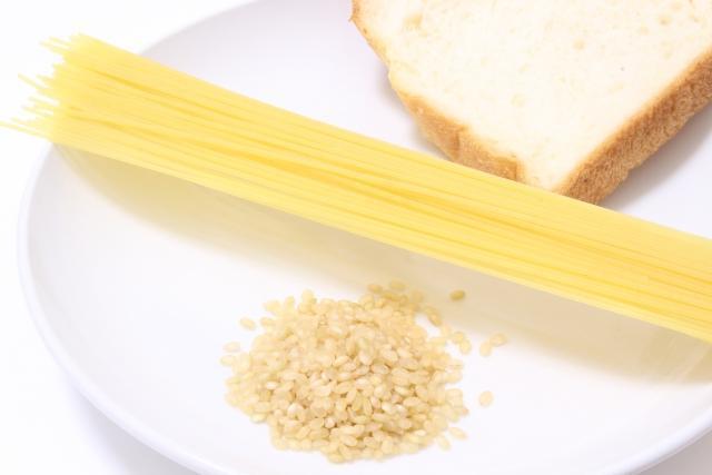 食パンとパスタとお米