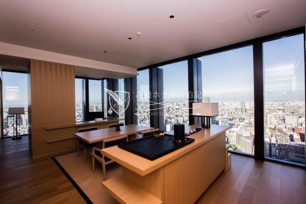 Aman Tokyo/Four-Star: Corner Suite(121㎡) アマン東京:コーナースイート1