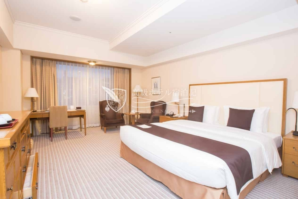 Imperial Hotel, Tokyo/Four-Star:Deluxe Room at Main Building(42㎡) 帝国ホテル東京:本館デラックスルーム