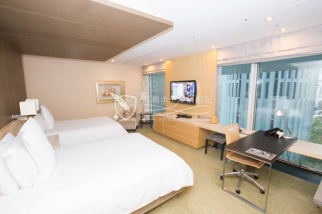 Four Seasons Hotel Tokyo at Marunouchi/Four-Star:Premier Room(52㎡) フォーシーズンズホテル丸の内 東京:プレミアルーム1