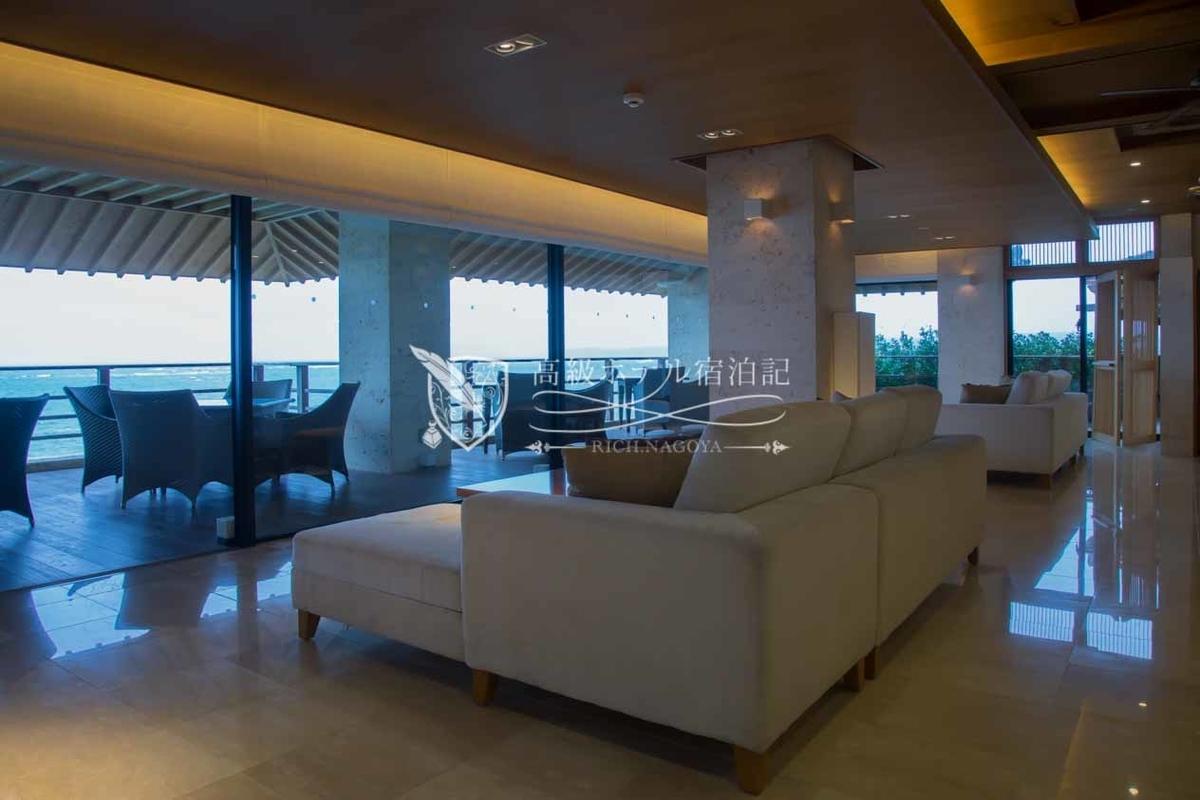 Hyakuna Garan:Lobby Floor