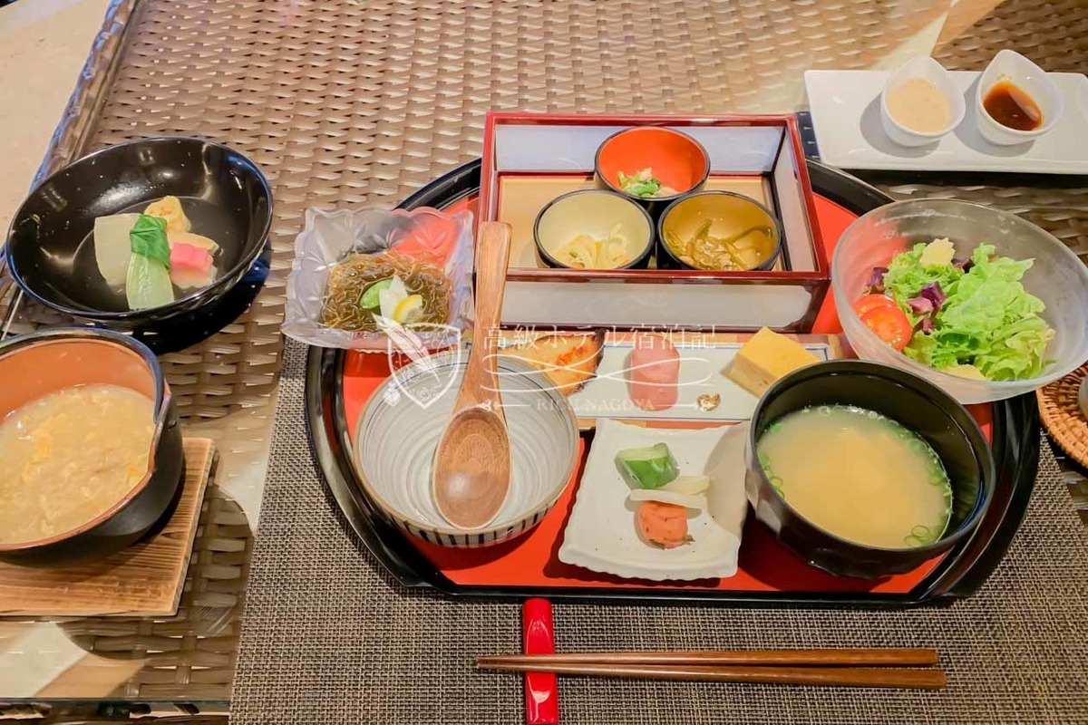 Hyakuna Garan:Breakfast
