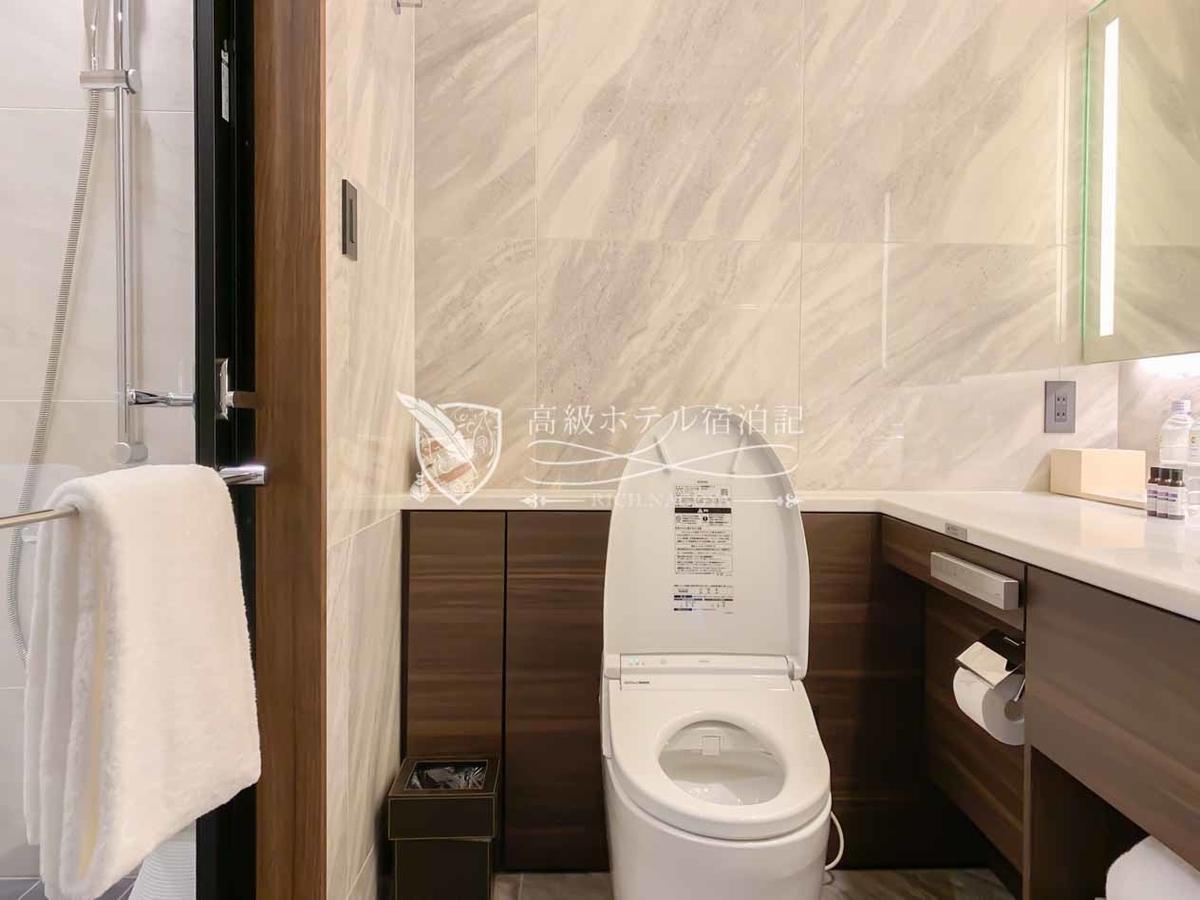 Hyatt Place Tokyo Bay:King Standard Room(26㎡)Wet Area