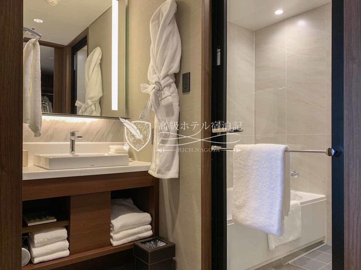 Hyatt Place Tokyo Bay:Family Room(37㎡) Wet Area