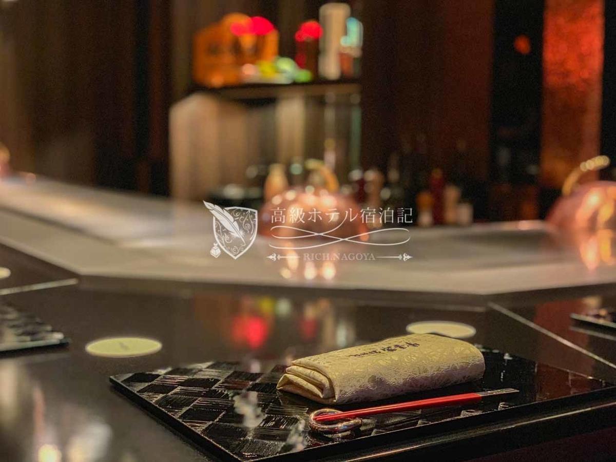ハイアットプレイス東京ベイ:鉄板焼 富貴亭:テーブルセット