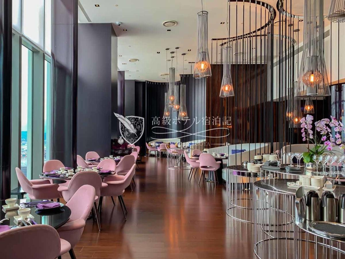 W台北:同じく最上フロアの「YEN CHINESE RESTAURANT(紫艶中餐庁)」では落ち着いた雰囲気の中で超絶美味しい飲茶を含む中華料理を堪能 北京ダックは絶品!