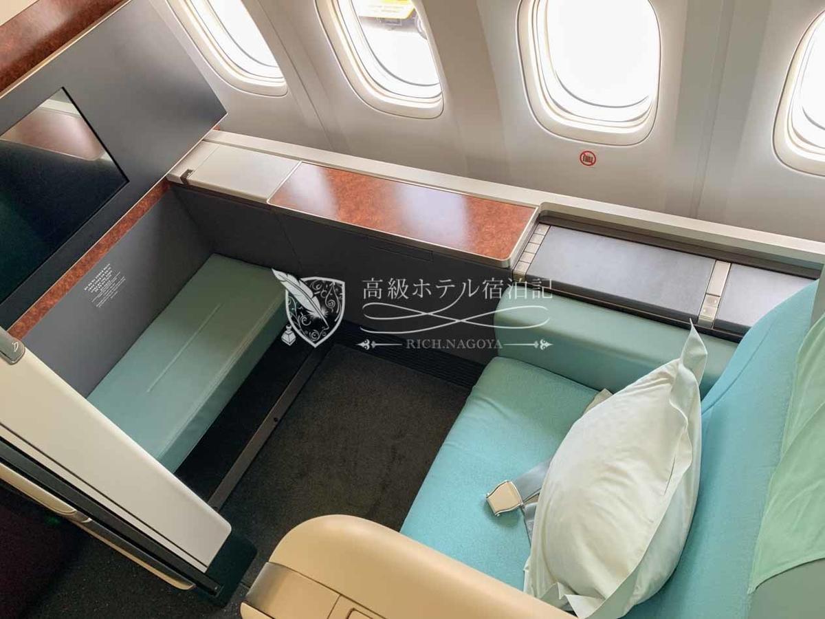 大韓航空 B777-300ERファーストクラス