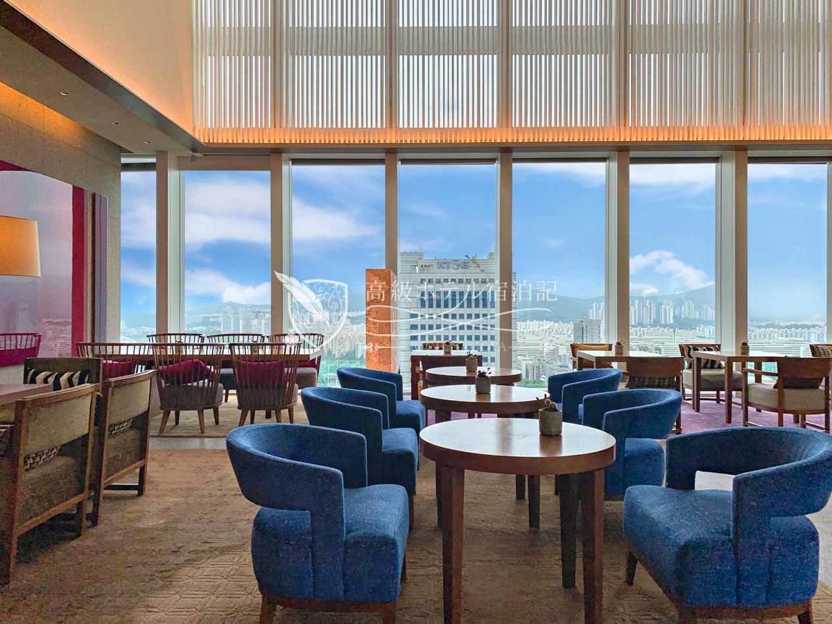 パークハイアットソウル:最上階24階から三成の街並みを一望できるロビーラウンジ「The Lounge」では、コーヒー・紅茶の他、アフタヌーンティーセットやウェスタン・韓国料理も用意。プルコギが美味しかった!!