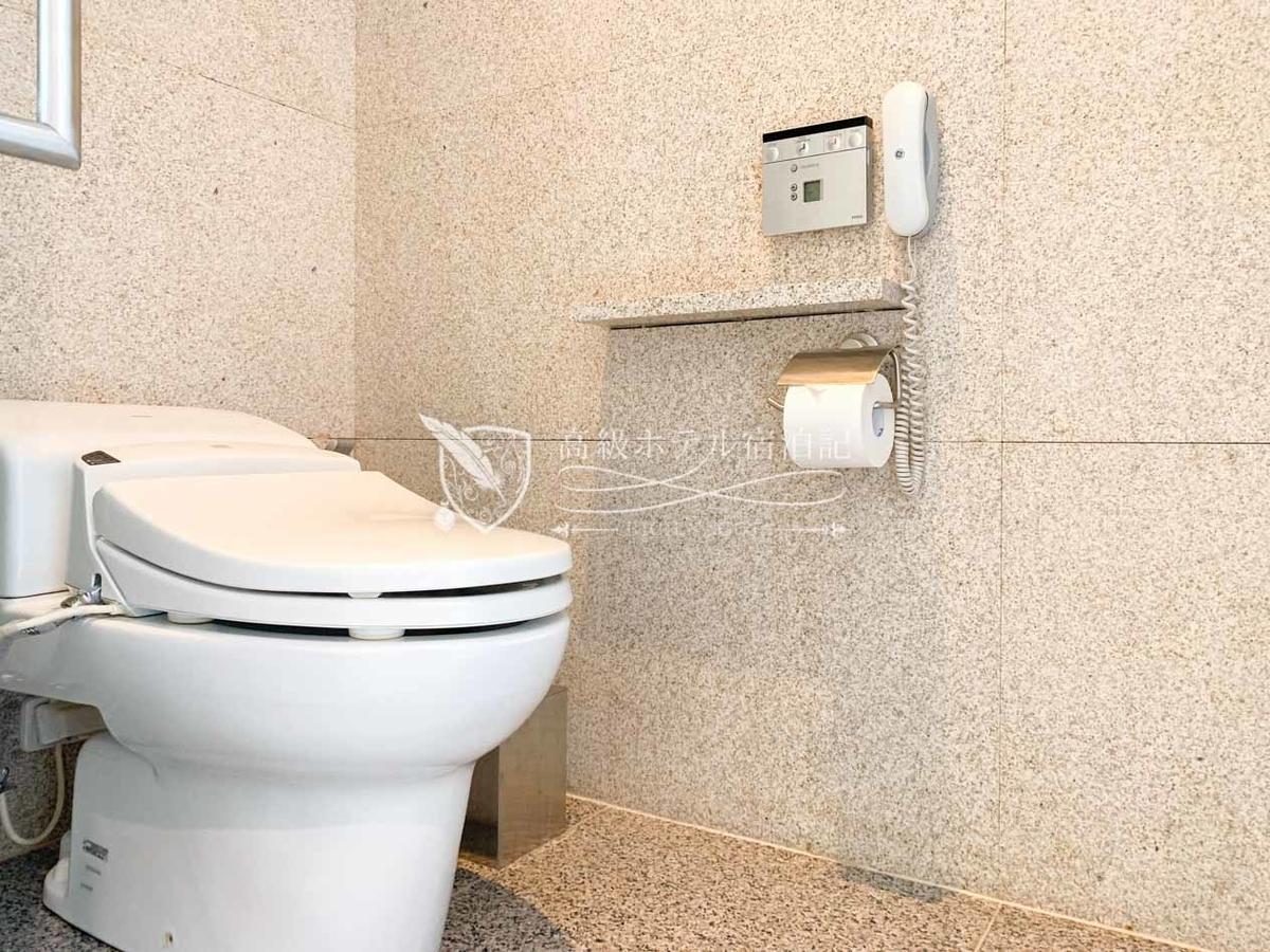 パークハイアットソウル:ウォッシュレット機能付きのトイレ!嬉しい!