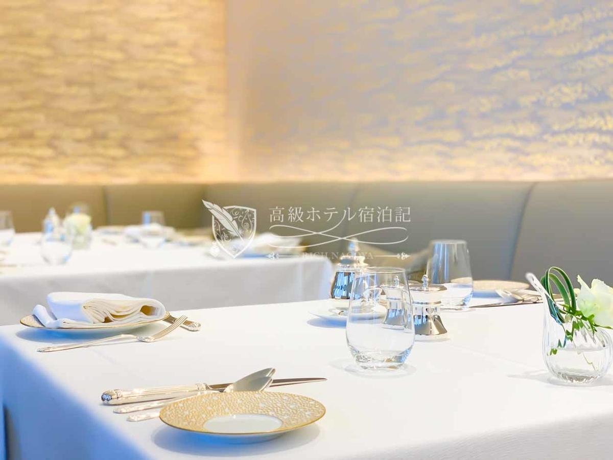 フランス料理「ヌーヴェル・エポック」 朝食テーブルセット
