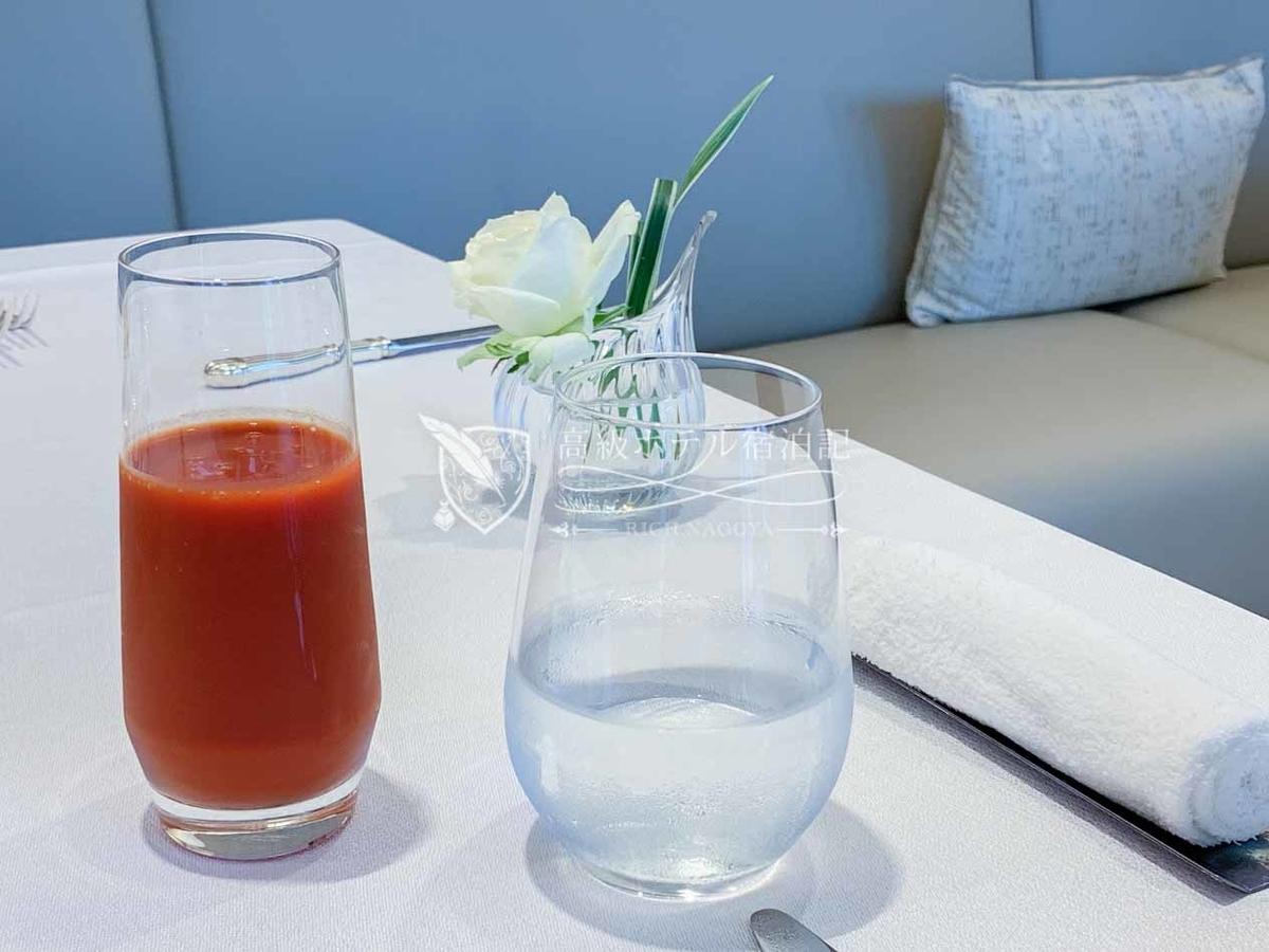 フランス料理「ヌーヴェル・エポック」朝食:ジュース / 爽やかな野菜ジュース