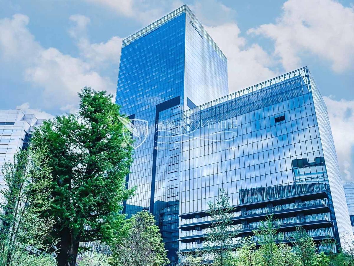 17階建て「オークラ ヘリテージウイング(全140室)」と41階建て「オークラ プレステージタワー(全368室)」の2棟からなり、同一ホテル内にコンセプトの異なる2つのブランドを展開。
