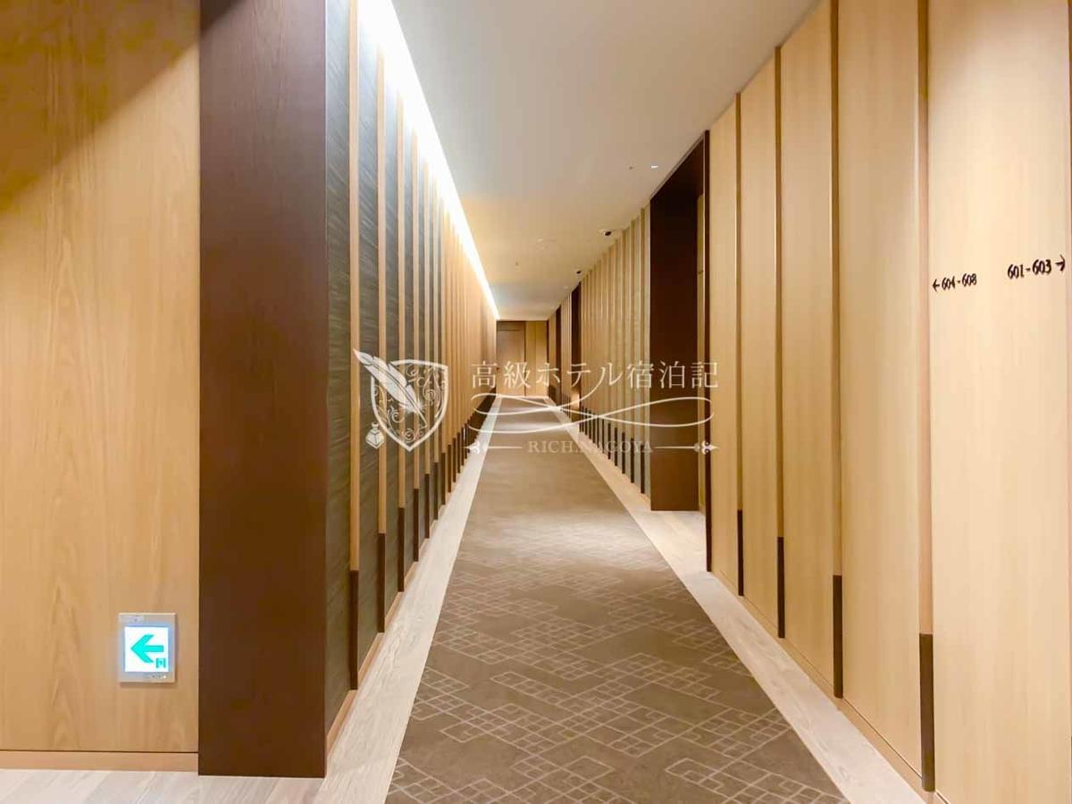 17階建ての「ヘリテージウイング」のインテリアは、日本の伝統美とモダンが融合したジャパネスクな空間でアマン東京を彷彿とさせる。