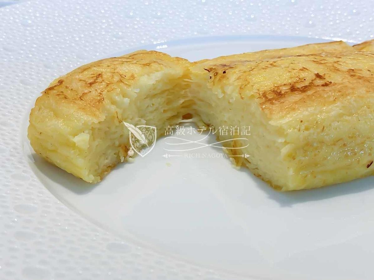 フランス料理レストラン「ヌーヴェル・エポック」の朝食で食べた、オークラ特製フレンチトースト。