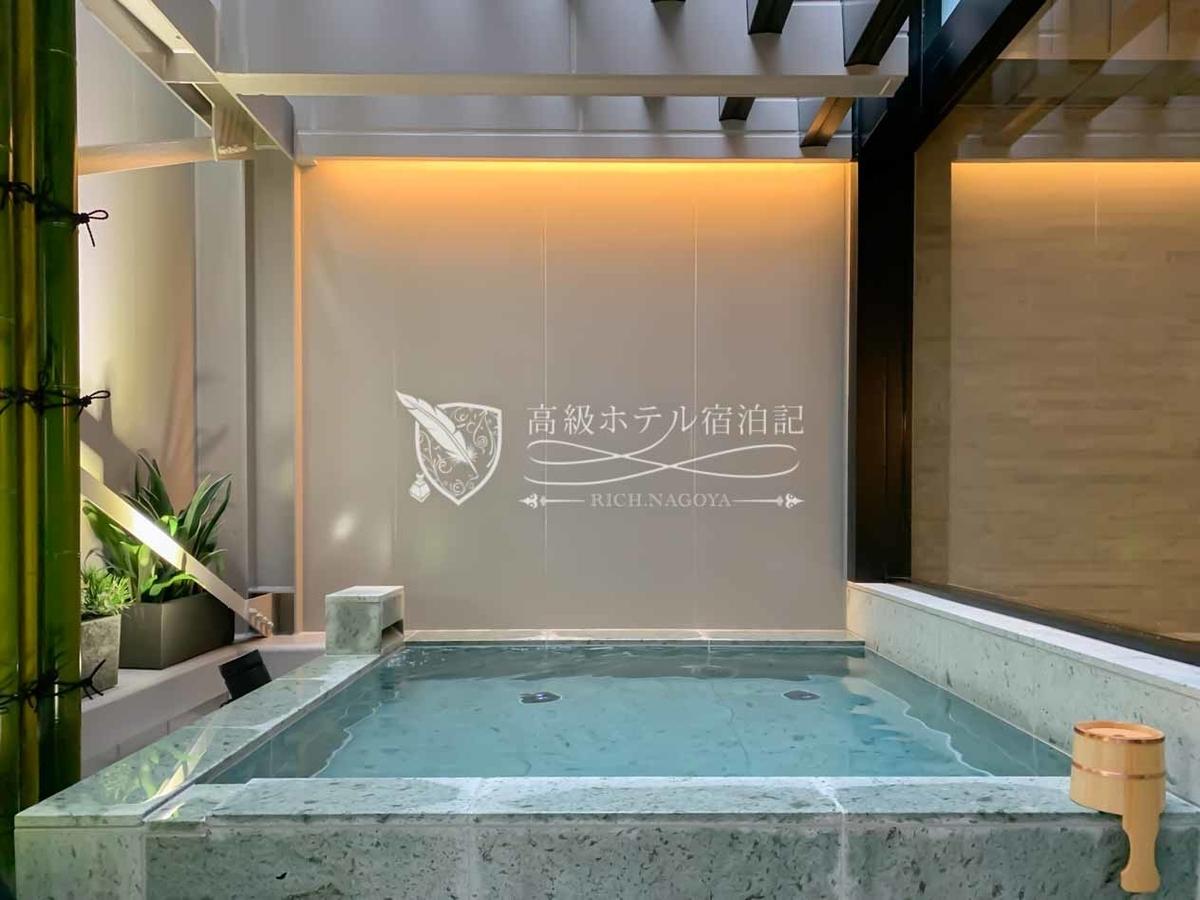 コートヤード・バイ・マリオット大阪本町:大浴場・露天風呂(2階):露天風呂(男湯)