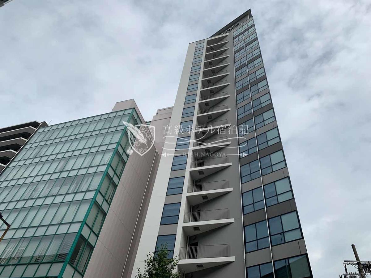 コートヤード・バイ・マリオット大阪本町:地上17階・地下1階建ての新築ホテル。