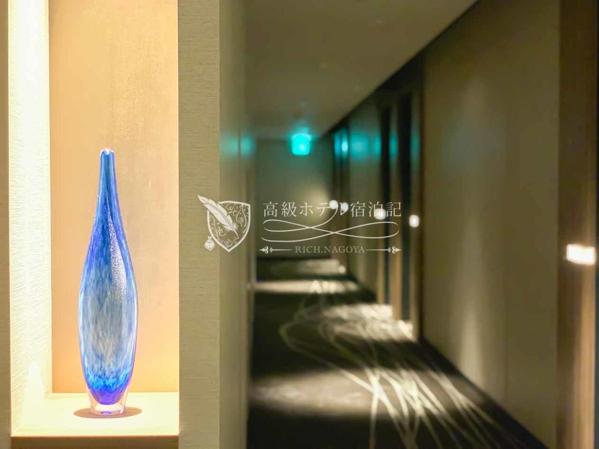 コートヤード・バイ・マリオット大阪本町:客室フロアの廊下。