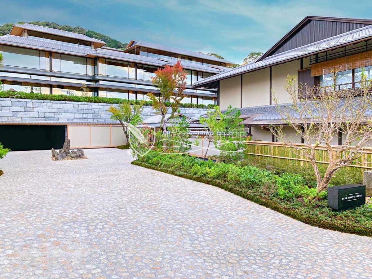 パークハイアット京都 Park Hyatt Kyoto:2019年10月30日、清水寺や八坂神社、高台寺から徒歩圏の二寧坂に面したロケーションに誕生。