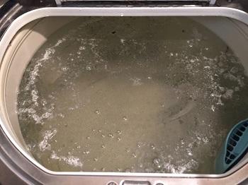 酸素系漂白剤を使った洗濯槽の掃除法