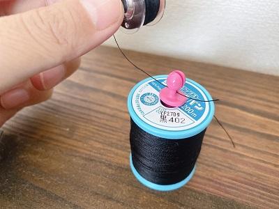 これは便利!ミシン糸とボビンの収納法