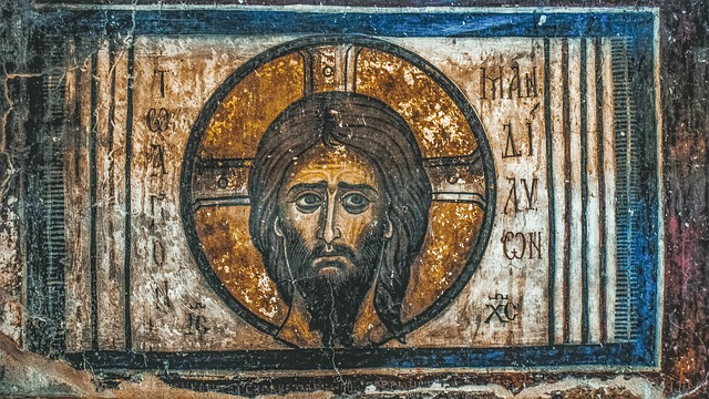 キリストの顔のたステンドグラス