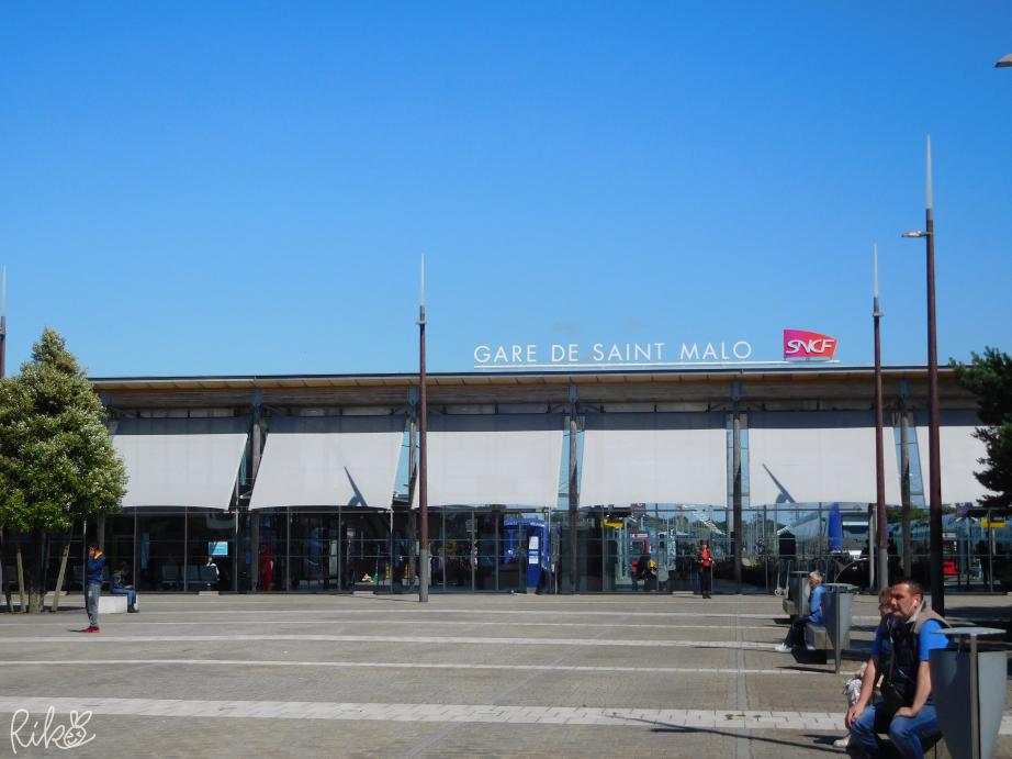 フランス、サン・マロ駅