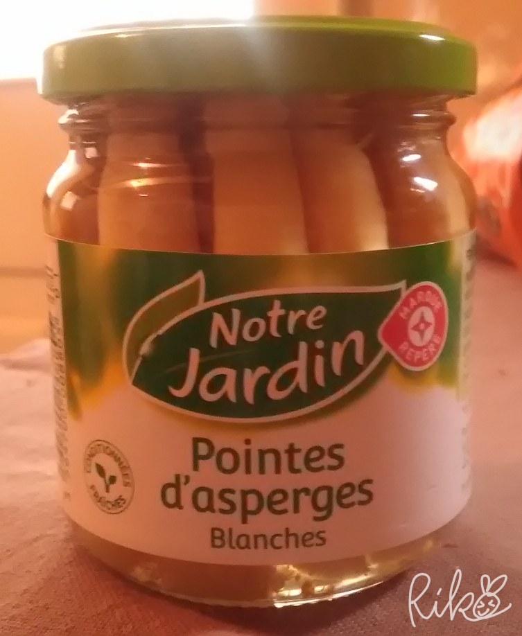 フランスで買った瓶詰めアスパラ