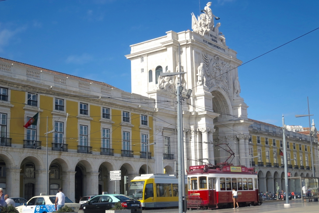 ポルトガルのリスボンにあるコメルシオ広場
