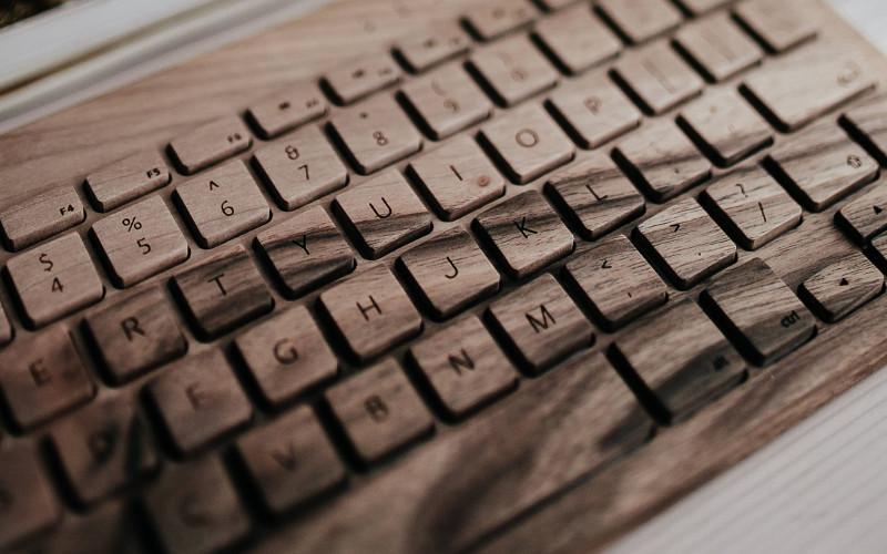 キーボードビューアと絵文字ビューアを表示する方法