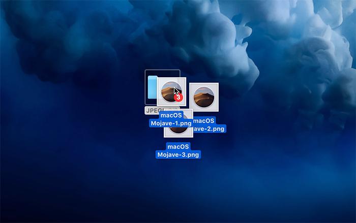 ファイルをドラッグアンドドロップでフォルダに入れる説明