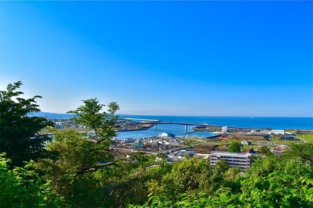 日和山公園の広場からの眺望