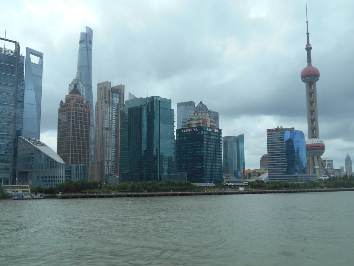 曇天の上海